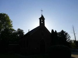 Erckens-Kapelle im Schatten